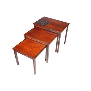Mid-Century Kvalitet Nesting Table - A Set of 3