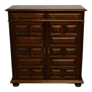 William and Mary Pilgrim Style Solid Oak 2 Door Cabinet Bar