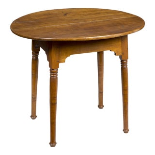 Country Maple Oval Tavern Table