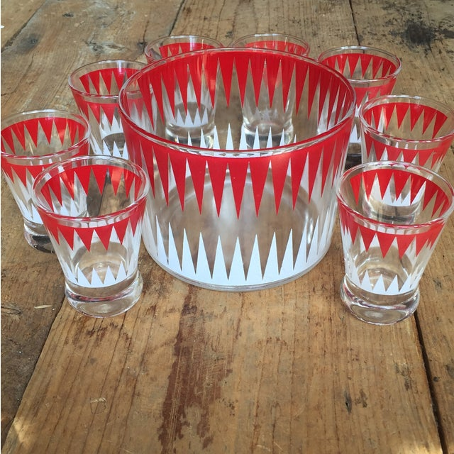 Vintage Red and White Ice Bucket With 8 Glasses - Image 2 of 6