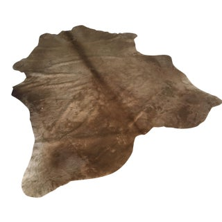 Large Cowhide Rug in Tan - 6′6″ × 7′9″