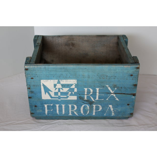 Blue Distressed Europa Rex Bottle Crate - Image 2 of 5