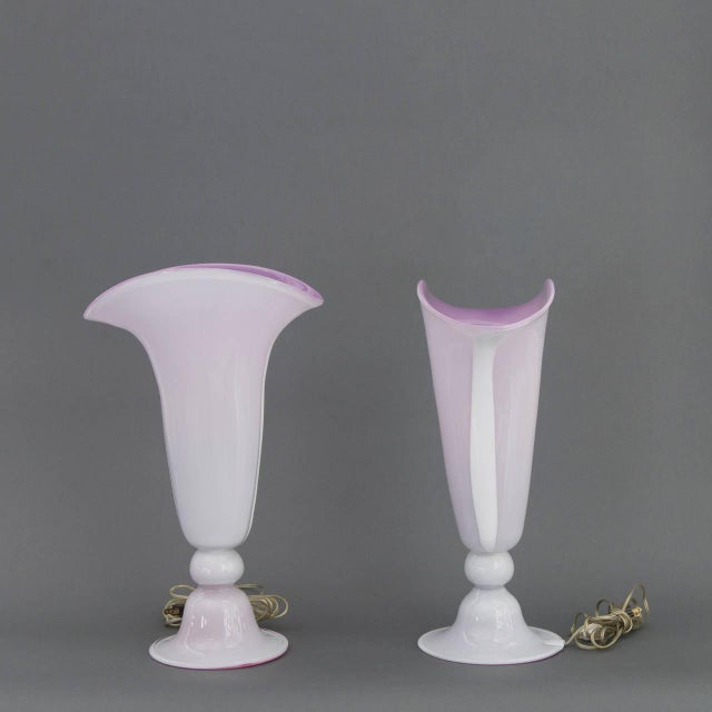 Pair of Tall Murano Art Glass Trumpet Lamps Attributed to Barovier & Toso - Image 5 of 9