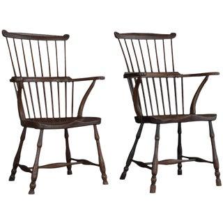 Pair of Elm Comb-Back Windsor Armchairs, circa 1780
