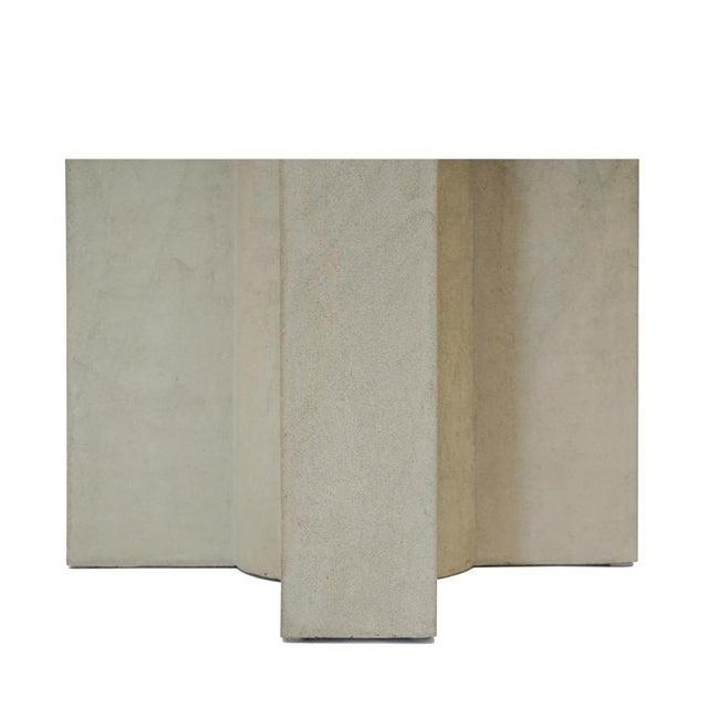 The Californian III Cast Concrete Planter - Image 2 of 3
