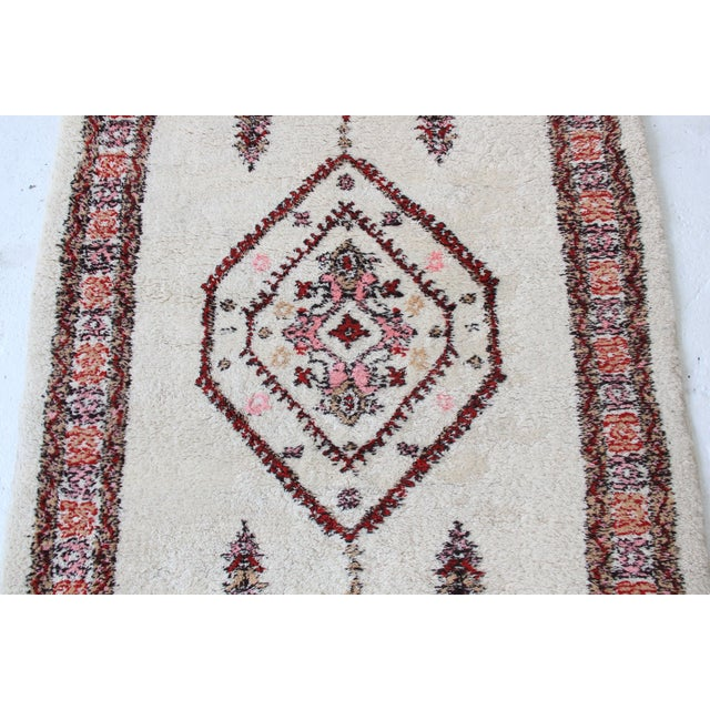Vintage Pink & White Moroccan Rug - 3′11″ × 5′10″ - Image 4 of 7