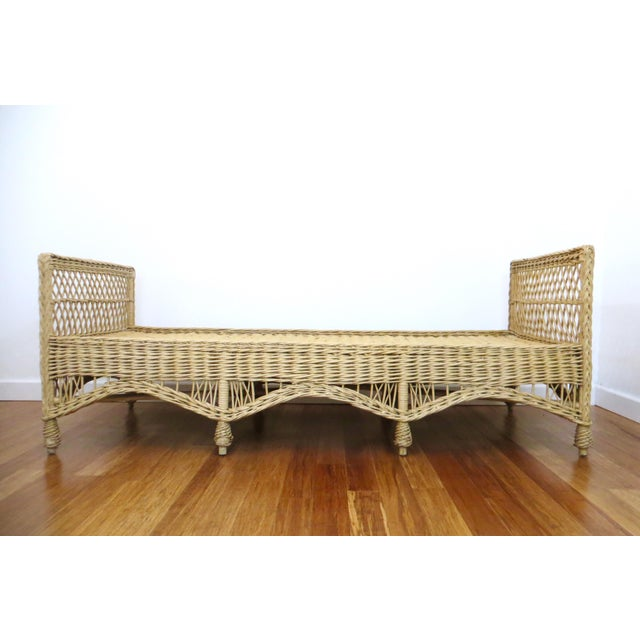 Vintage Wicker Rattan Daybed by Bar Harbor - Image 2 of 8