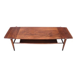 Mid-Century Coffee Table With Contrast Grain