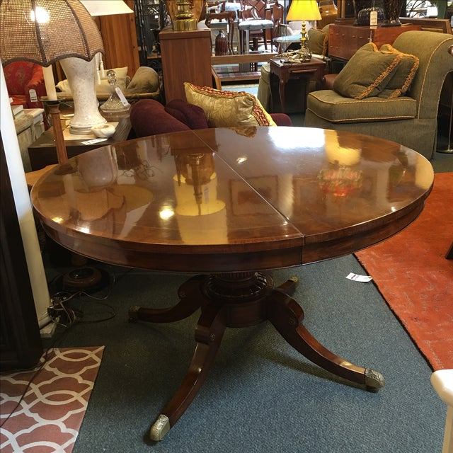 Old Colony Mahogany Pedestal Dining Table & Leaves - Image 3 of 11