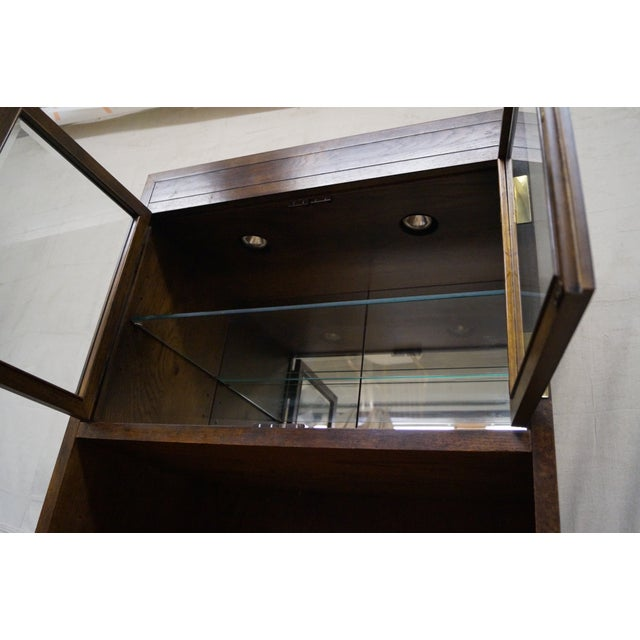 Henredon Campaign Oak Bookcase with Curio Top - Image 6 of 10