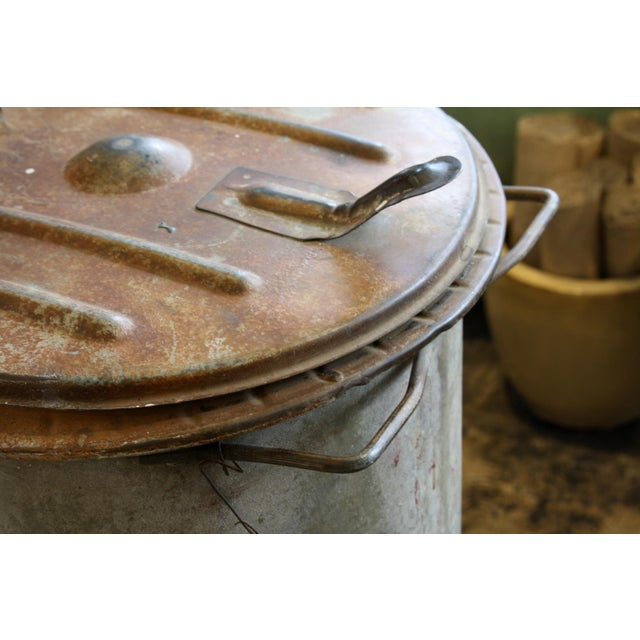 Vintage Hinged Lid Rubbish Bin - Image 3 of 5