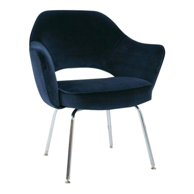 Saarinen Executive Armchair, Navy Velvet - Image 1 of 8