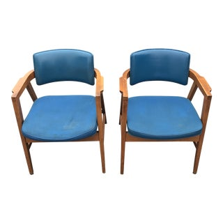 Mid-Century Gunlocke Captain Lounge Chairs - A Pair