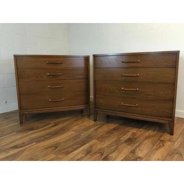 Heritage Henredon Mid Century Dresser Pair - Image 4 of 11