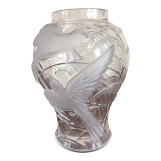 Lalique Style Vase With Birds