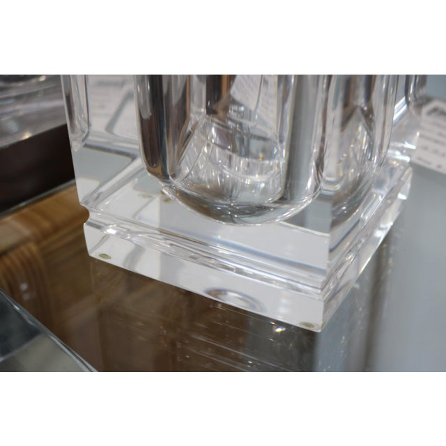 Lidded Lucite Ice Bucket - Image 5 of 9