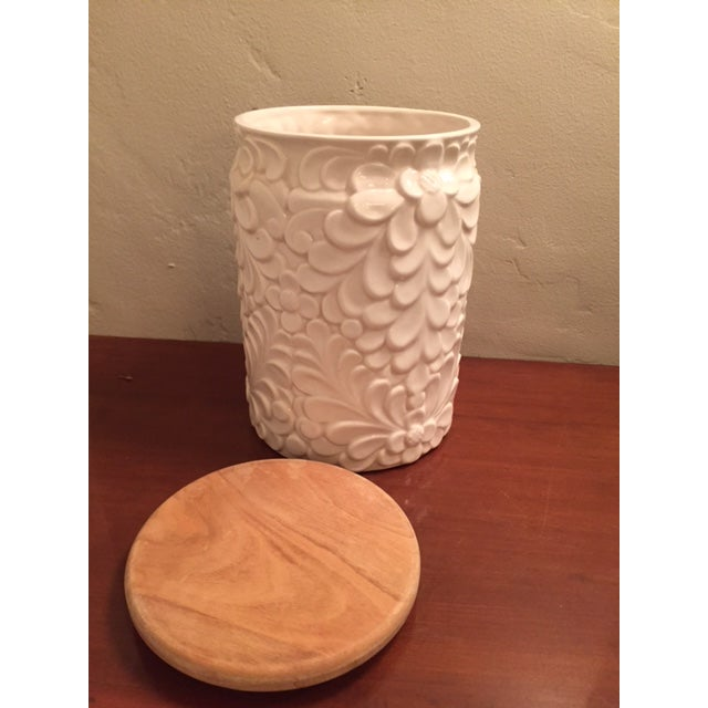 Italian White Ceramic Jar & Wood Lid - Image 3 of 4