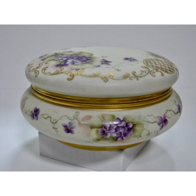 Antique Limoges France Hand Painted Violets & Gilt Box - Image 3 of 7