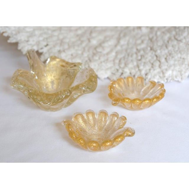 Vintage Murano Leaf-Shaped Dishes - Set of 3 - Image 2 of 5
