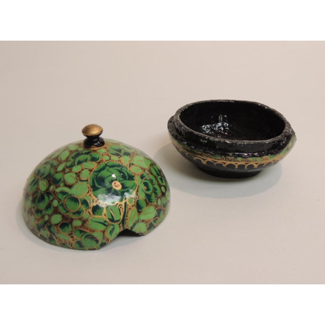 Small Vintage Hand Painted Indian Lacquered Box - Image 3 of 4
