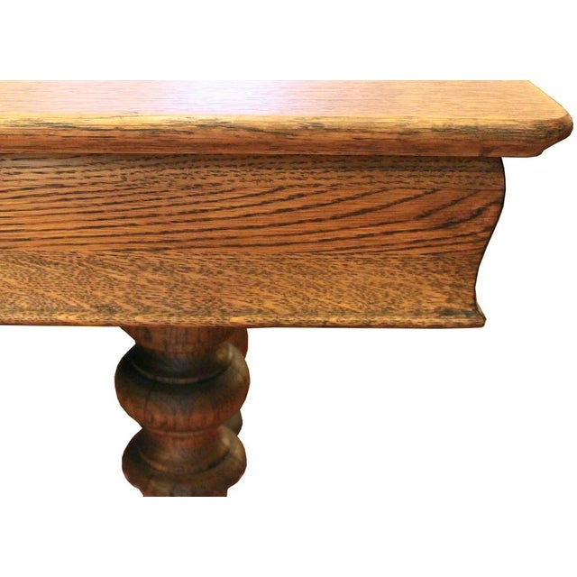 Oak Turned Leg Dining Table - Image 4 of 4