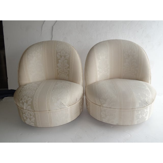 Baughmann Style Swivel Chair - Pair - Image 6 of 6