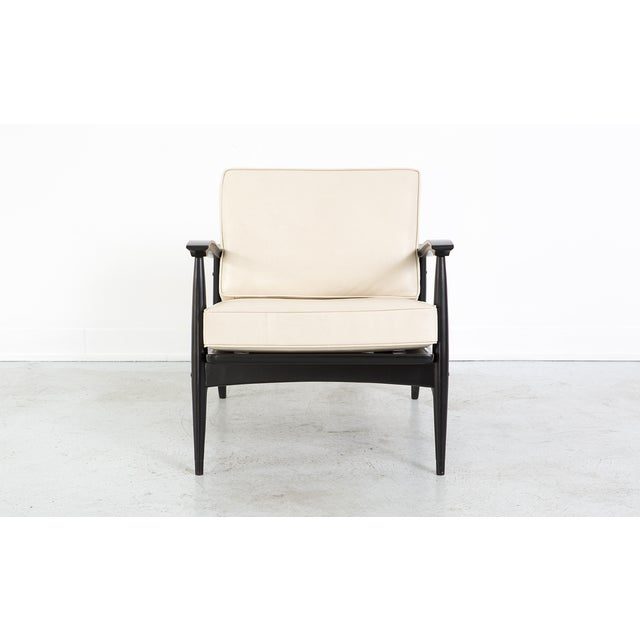 Mid-Century Cream Leather Accent Chair - Image 2 of 8