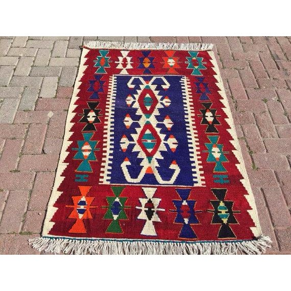 "Vintage Turkish Kilim Rug - 3' 4"" X 4' 6"""