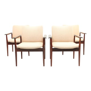 Set of Four Cream Rosewood Finn Juhl Diplomat Chairs