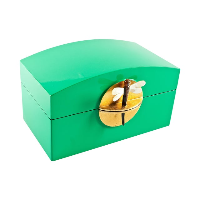 Kelly Green Lacquer Box With MOP Dragonfly Clasp - Image 1 of 4