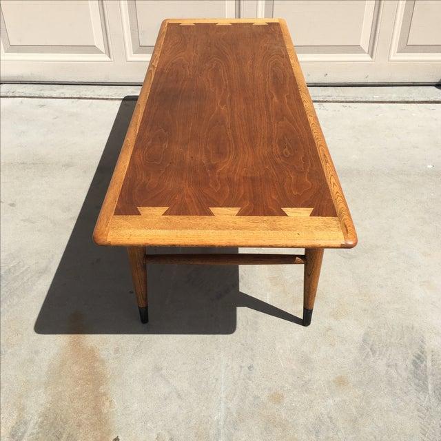 Lane Acclaim Series Coffee Table: Mid-Century Modern Lane Acclaim Coffee Table