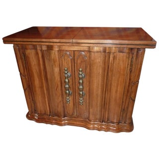 Thomasville Traditional Buffet Credenza