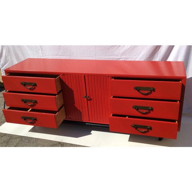 American of Martinsville Vintage Asian Red Dresser - Image 4 of 11