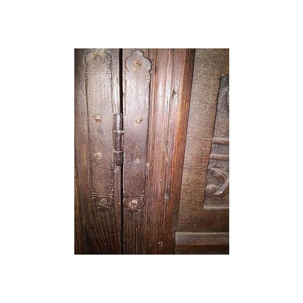 17th-Century Welsh Carved Oak Cupboard - Image 4 of 6