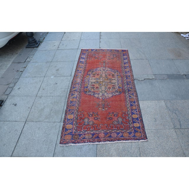 Vintage Turkish Rug - 2′9″ × 5′10″ - Image 2 of 6