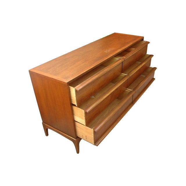 Image of Vintage Lane Wooden 6-Drawer Dresser