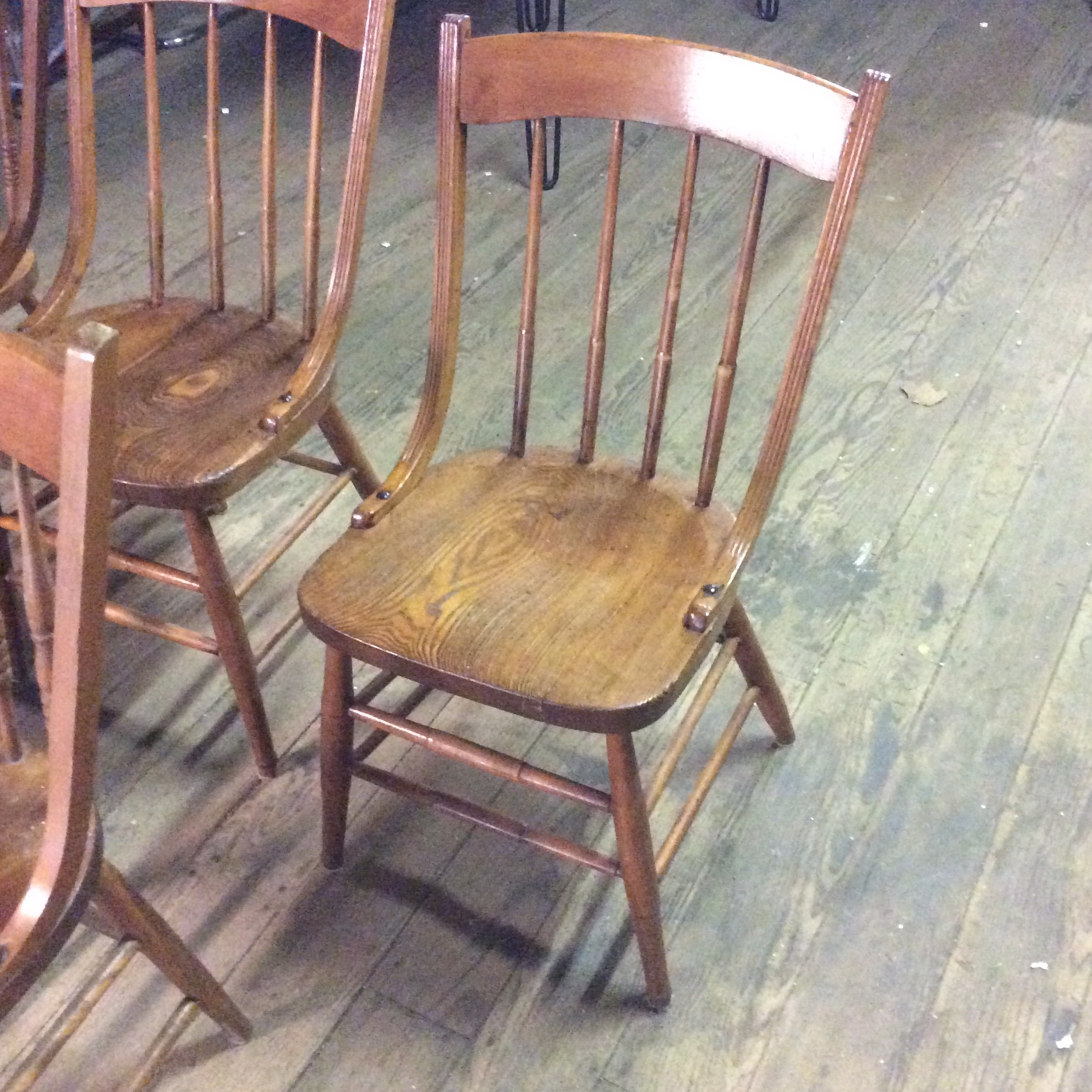 Early American Dining Room Furniture: Early American Country Farm Dining Chairs - Set Of 5