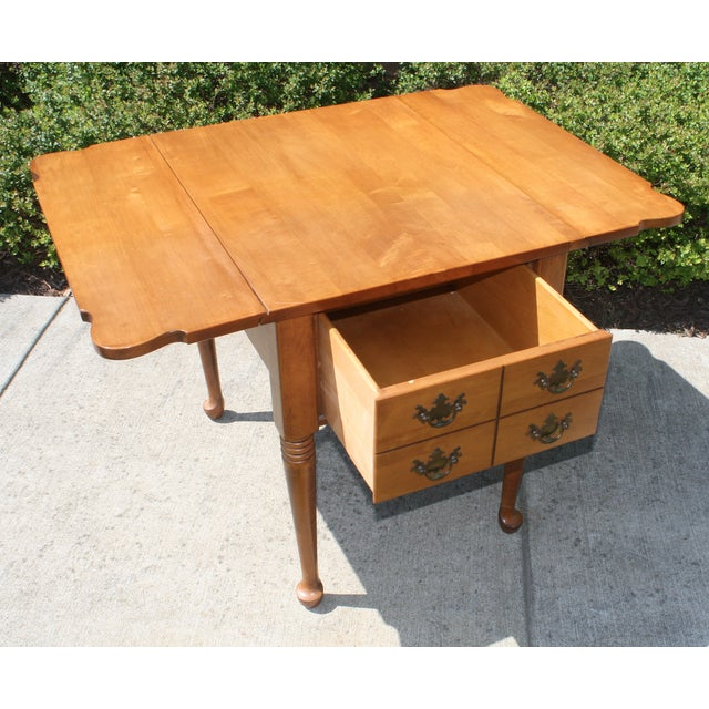 Vintage Queen Anne Style Drop Leaf Side Table - Image 3 of 5