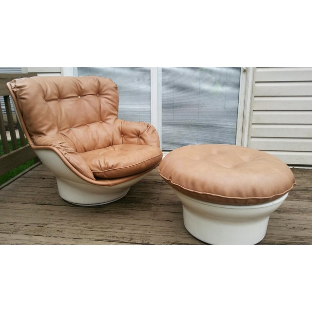 Michel Cadestin Karate Lounge Chair with Ottoman for Airborne Intl. - Image 3 of 6