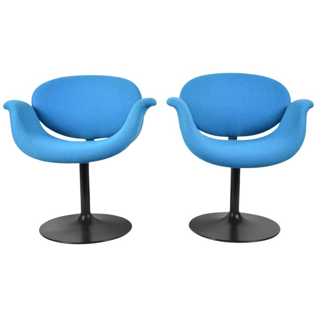 Pair of Little Tulip Chairs by Pierre Paulin for Artifort - Image 1 of 10