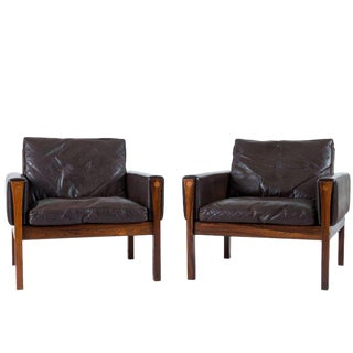 Pair of Hans Wegner AP 62 Lounge Chairs