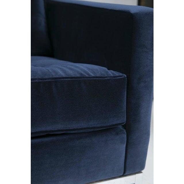 Florence Knoll Sofa in Navy Velvet - Image 8 of 8