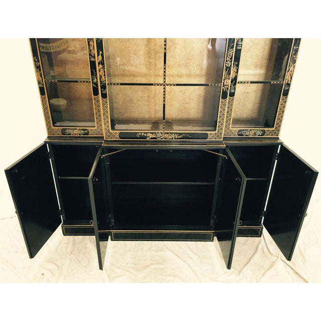 Vintage 1980s Drexel Heritage Asian Chinoiserie China Cabinet - Image 10 of 11
