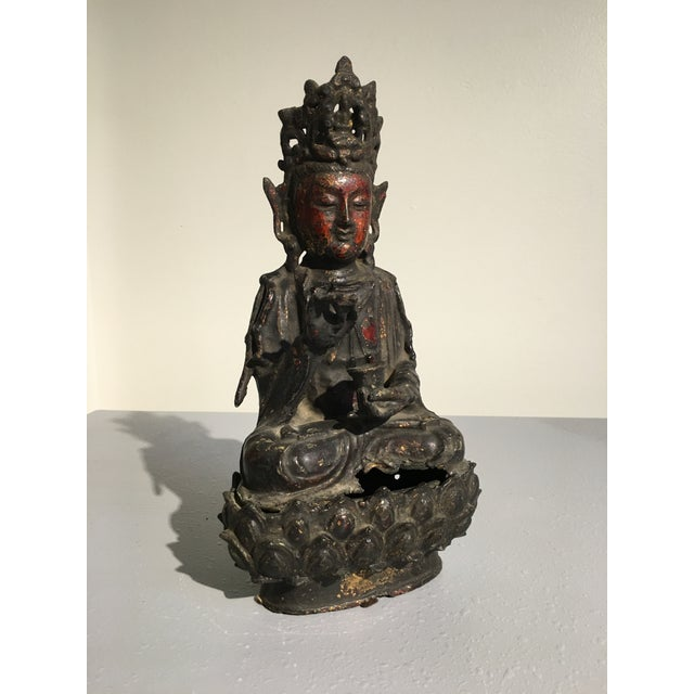 Chinese Lacquer Gilt Bronze Figure of Guanyin, late Ming Dynasty - Image 3 of 11