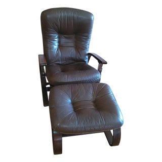 Westnofa Lounge Chair & Ottoman