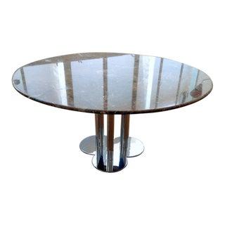 The Trifoglio dining table by Sergio Asti