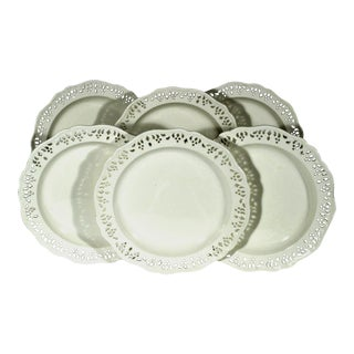 Wedgwood Reticulated Creamware Plates in a Set of Six.