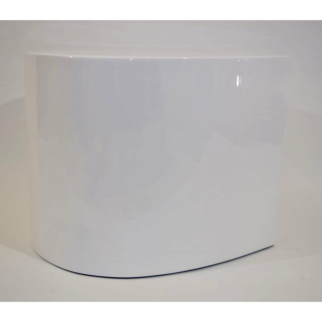 White Lacquer Teardrop Side Table, Karl Springer Style - Image 5 of 6