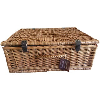 Optima English Willow Picnic Basket