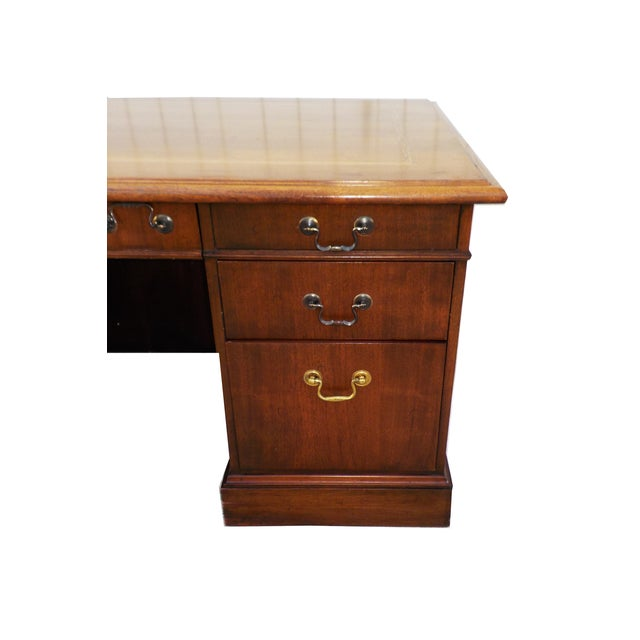 Vintage Wood Executive Traditional Desk by Hiebert - Image 6 of 9